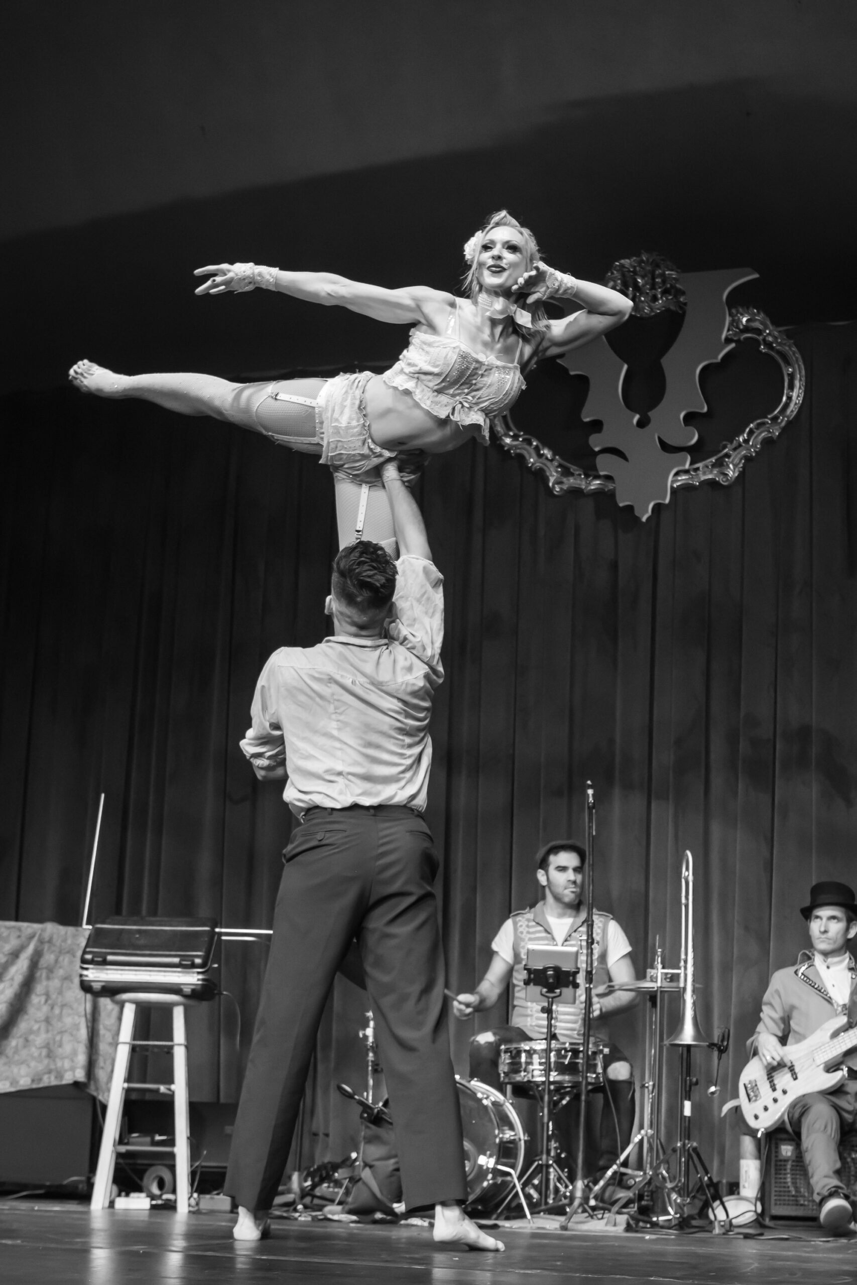 Image of Maggie Powers and Ismael Acosta performing at Vau de Vire's The Soiled Dove dinner theater Under the Tortona Big Top in Downtown Oakland